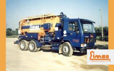 Servicio de desatasco con camión cuba